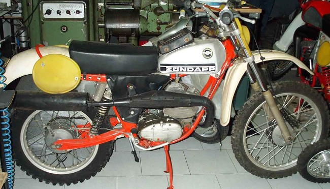 Forum in addition 118 Aprilia Rx 125 key 8 together with Index in addition Image2145 furthermore Rabbit Cloud. on rx 50